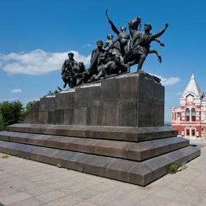 Памятники в самаре фото с описанием надгробные памятники ростова 2018
